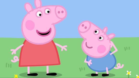 小猪佩奇:乔治一直在打嗝,佩奇帮忙治疗,可招数有些奇怪