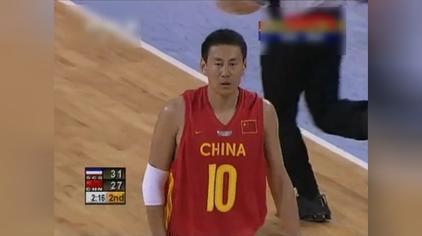 看看姚主席打球的时候是怎么和李楠与杜锋配合的!
