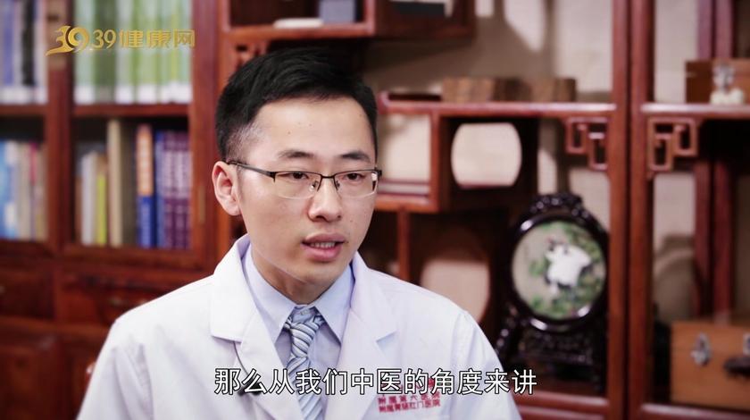 邱医生说:不只是胃口大控制不住,湿热型肥胖还有4大特点