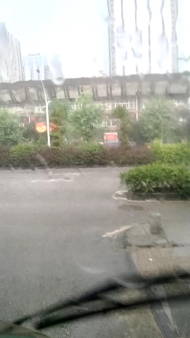 桂林这个暴雨下得让我凉凉