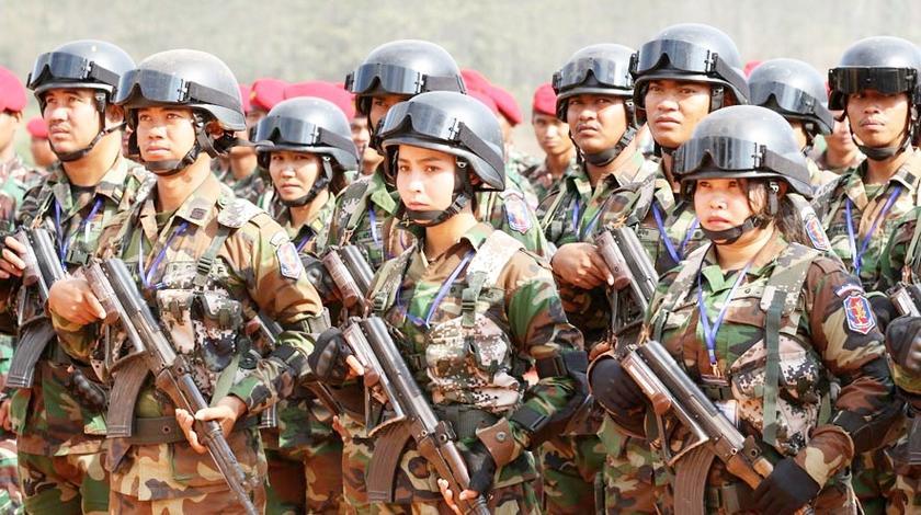 中国20亿装备运往柬埔寨,引西方各国猜忌,柬埔寨:睁大眼看清楚
