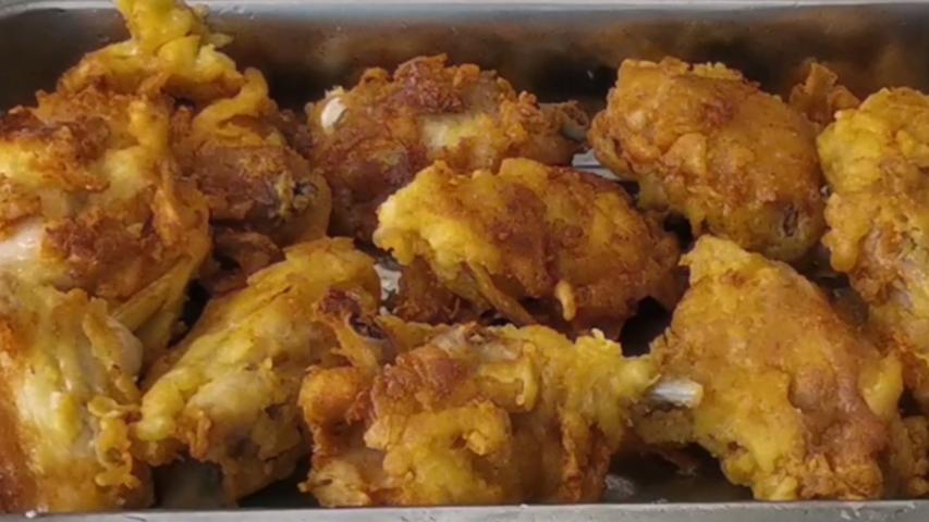 农村炸鸡,外脆里嫩,口感就是、、、、、、