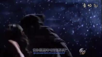 麻辣鸡Nicki Minaj联手天灰姐献唱新单《Bed Of Lies 》现场版
