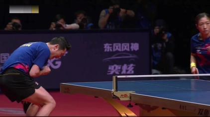 许昕刘诗雯暂停回来连得2分进入混双决胜局 刘国梁张继科关注比赛